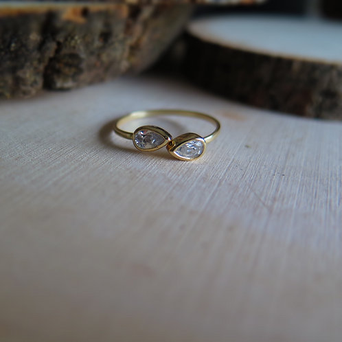 Open ring - pear shaped cz