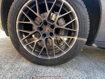 Porsche SUV Detailing wheels before.jpg