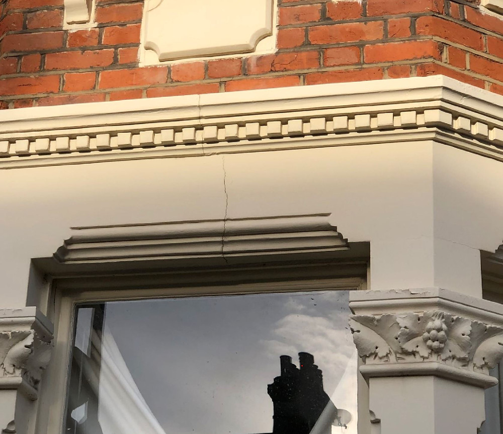 Crack in wall - Victorian House London