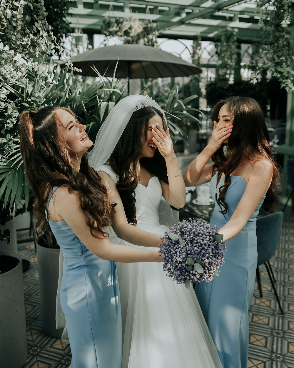 funny wedding vows bride and bridesmaids laughing