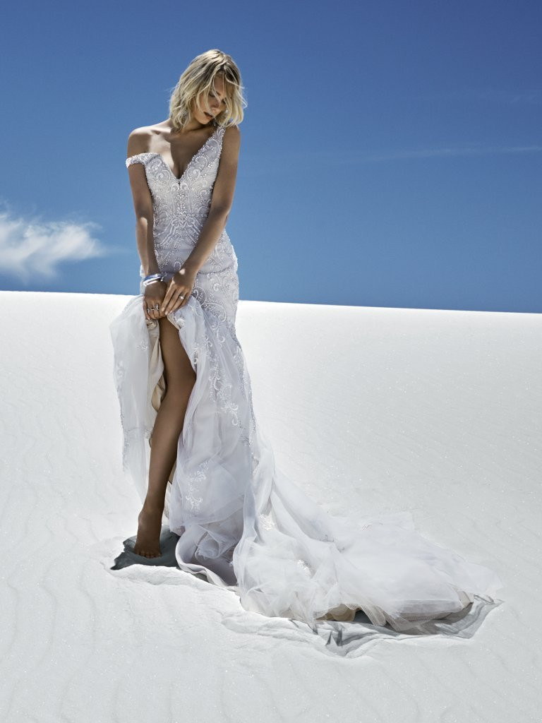 off-the-peg wedding dress bedfordshire