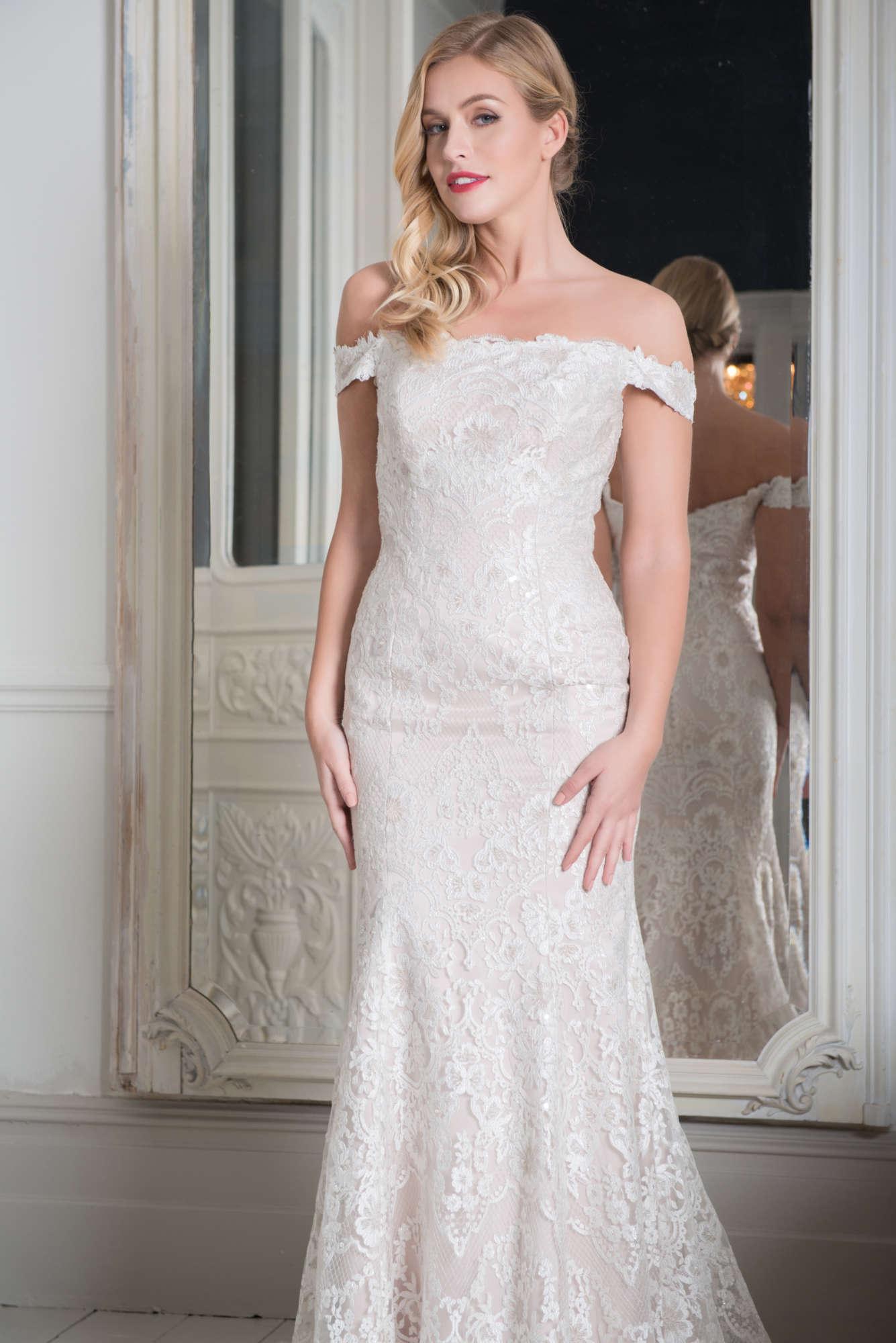 R1105   White Rose Bridal