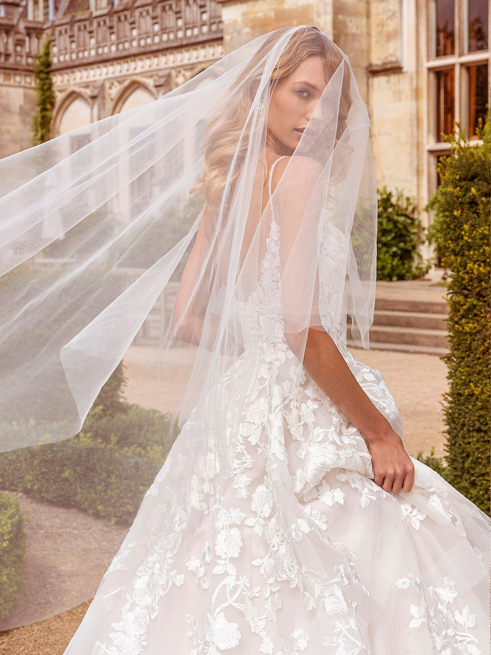 Top Tips for Choosing Your Bridal Accessories
