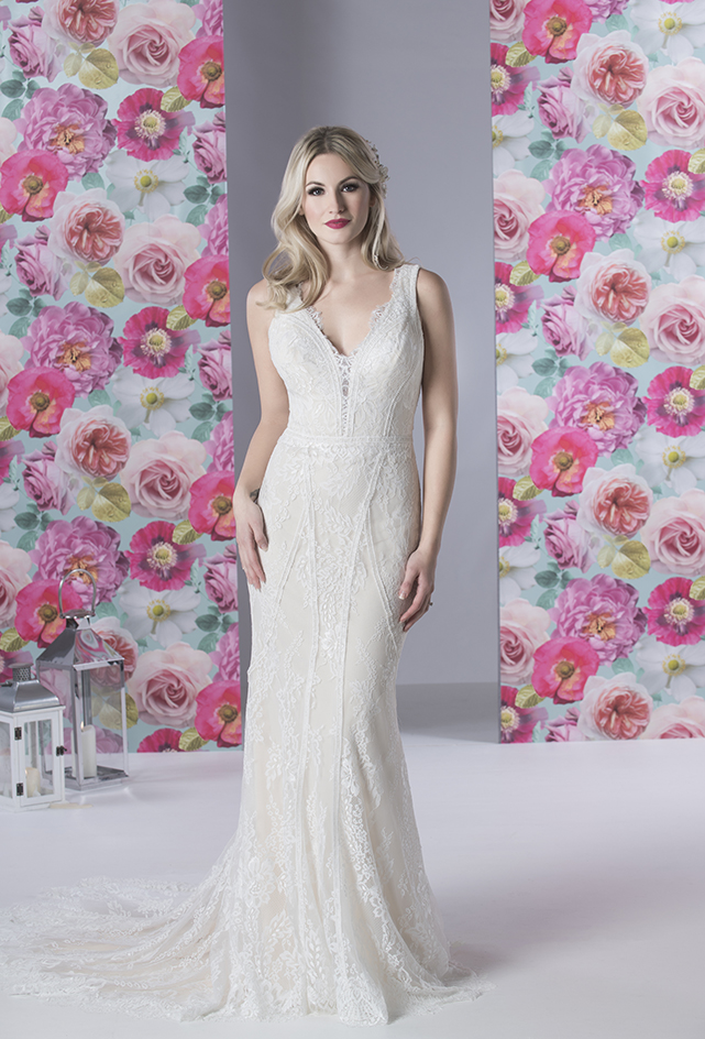 R1193 | White Rose Bridal