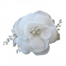 Starlet Jewellery bridal accessories