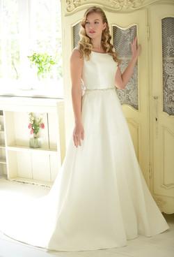 R1152 | White Rose Bridal