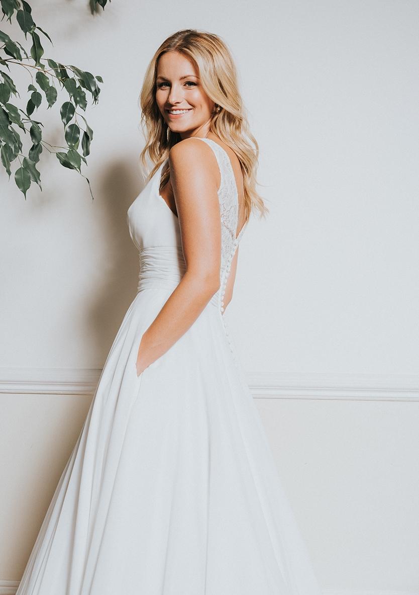White Rose Bridal Viola