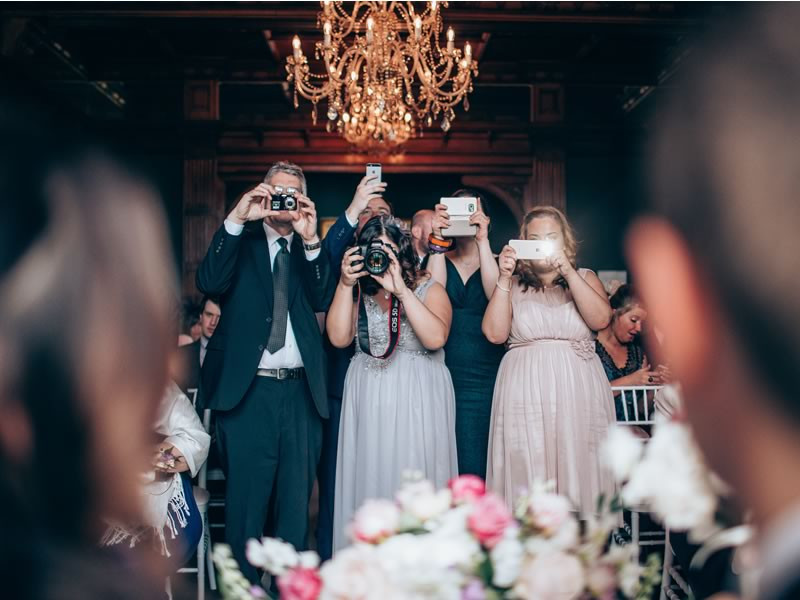 Social Media at your wedding day