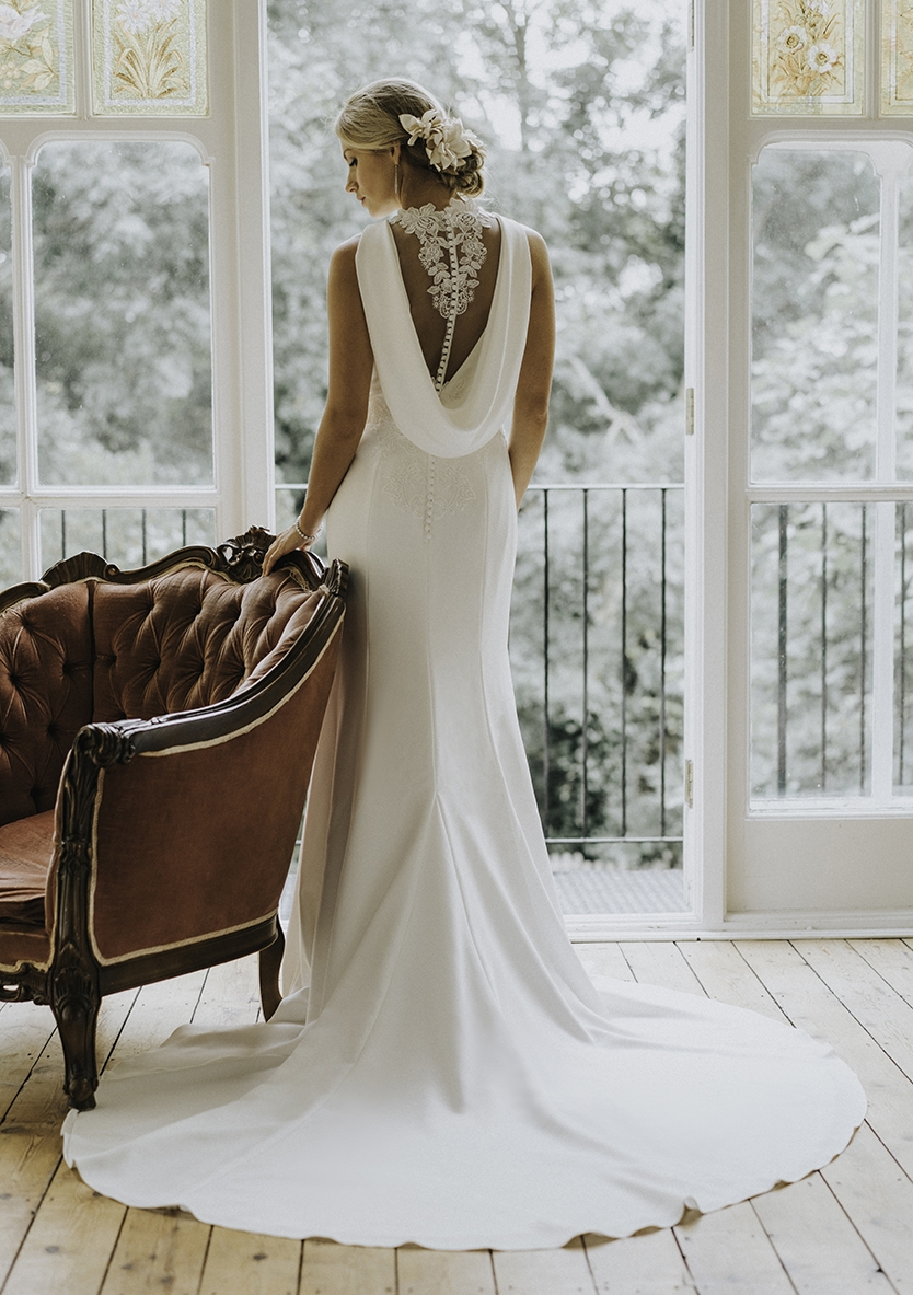 White Rose Bridal Iris