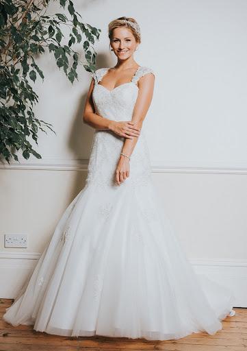 R1012 | White Rose Bridal UK18