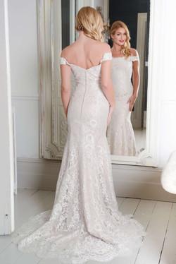 R1105 | White Rose Bridal
