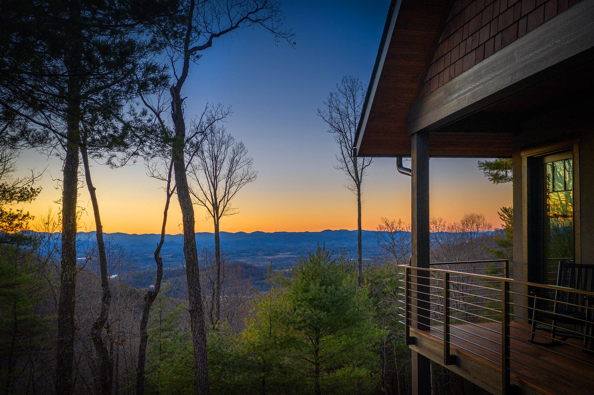 692 Altamont View-126