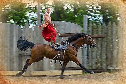 Конний театр Запорiзьки козаки на конях.