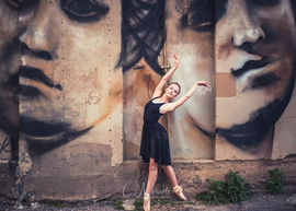 C. Miracle Photography (Sierra Vista, Arizona) of Jules Muck's Roman Women mural with ballerina - great photograph