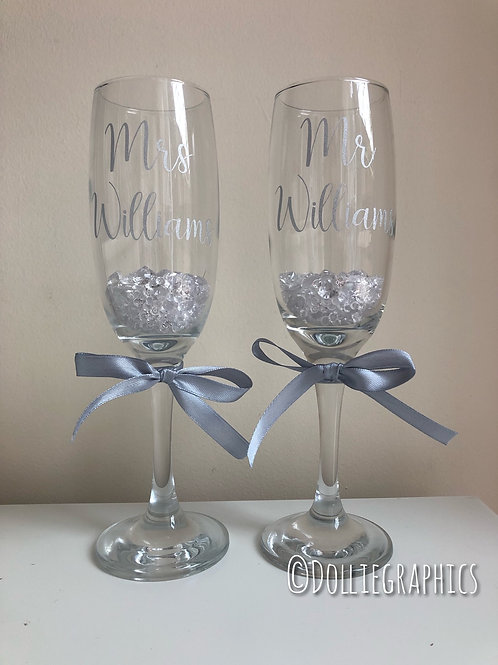 Mr & Mrs Personalised Champagne Flutes