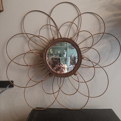 miroir floral en rotin perles