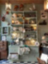 cabinet de curiosités à Lyon décoration, mode, créateurs et brocante