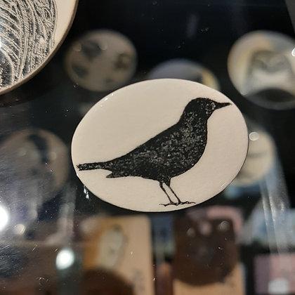 broche céramique corneille corbeau créateur Stéphanie Cahorel