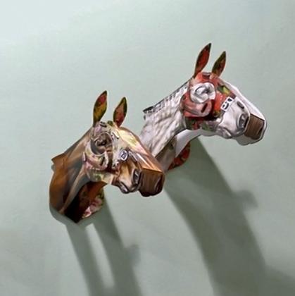 cheval fleur de nuit par miho unexpected things cabinet de curiosités boutique cam le mac