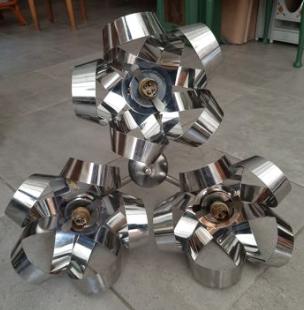 lustre métal chromé