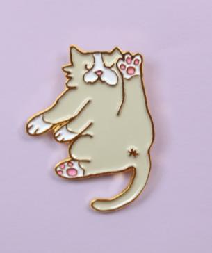 pin's chat souple coucou suzette