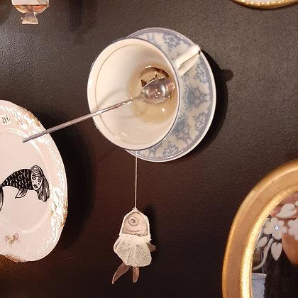 tasse sachet de thé poisson déco murale créateur Mlle Grain de Sel cabinet de curiosités cam le mac
