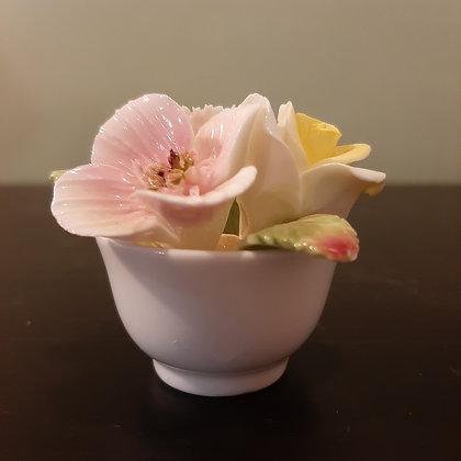 petit pot fleurs porcelaine