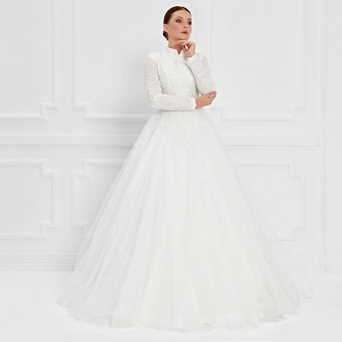 017551 Wedding Dress