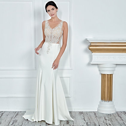 017157 Wedding Dress