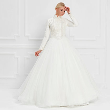 017552 Wedding Dress