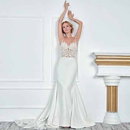 017136 Wedding Dress