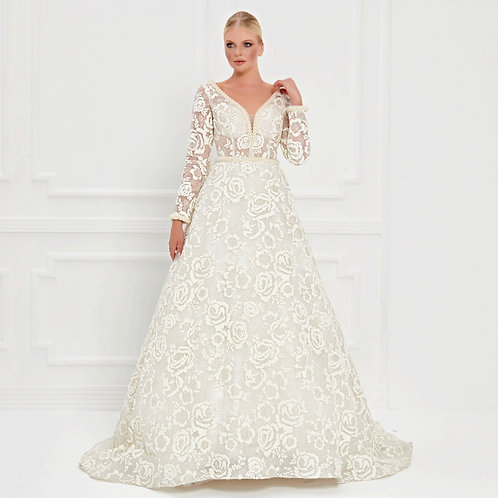017521 Wedding Dress