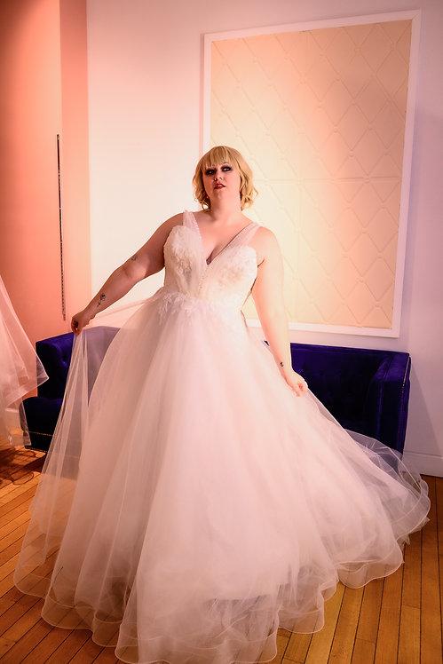 20112008 A-Line Hand Beaded Plus Size Wedding Dress