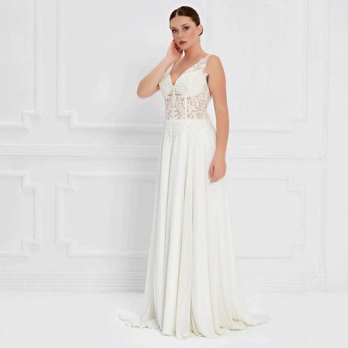 017572 Wedding Dress