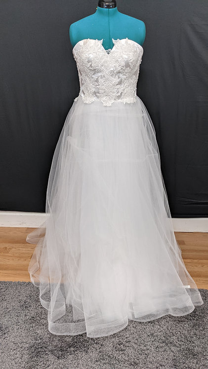 21540 A-Line Hand Beaded Plus Size Wedding Dress