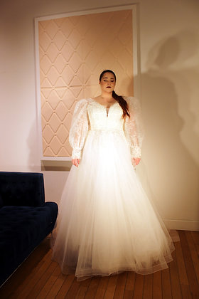 20112003 A-Line Hand Beaded Plus Size Wedding Dress