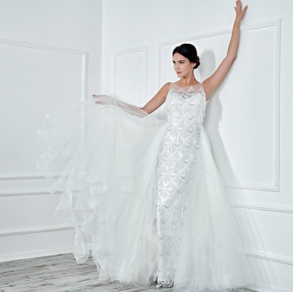 017138 Wedding Dress