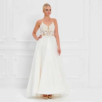 017535 Wedding Dress