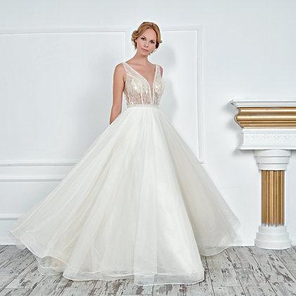 017130 Wedding Dress