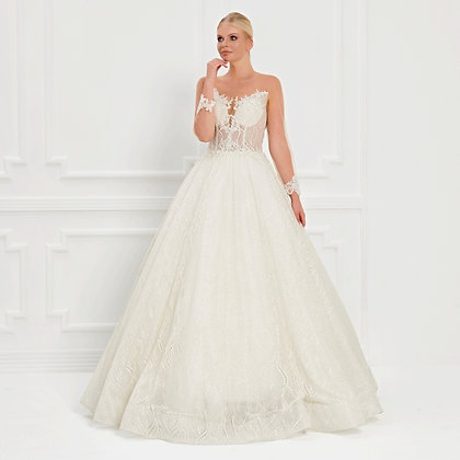 017531 Wedding Dress