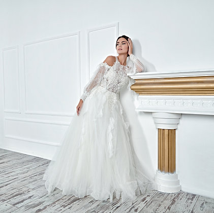 017135 A Line Wedding Dress