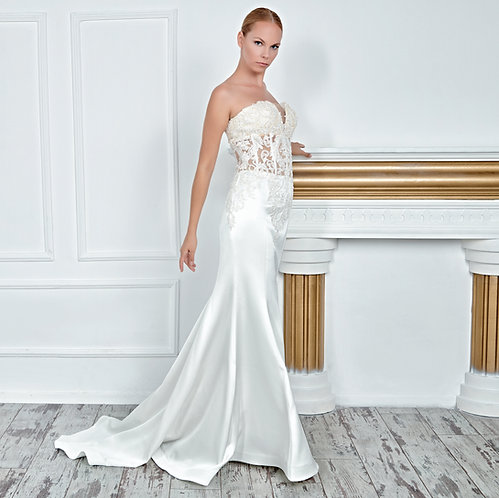 017145 Wedding Dress