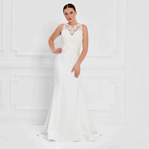 017580 Wedding Dress