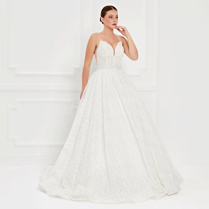 017532 Wedding Dress