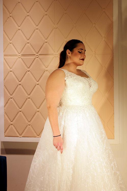 20112007 A-Line Hand Beaded Plus Size Wedding Dress