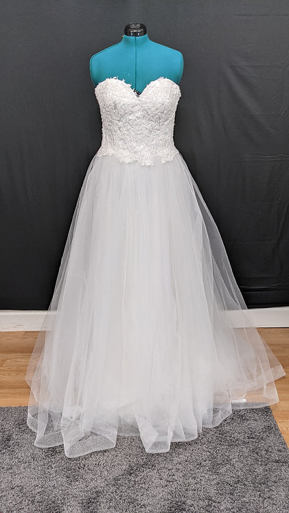 21559 A-Line Hand Beaded Plus Size Wedding Dress