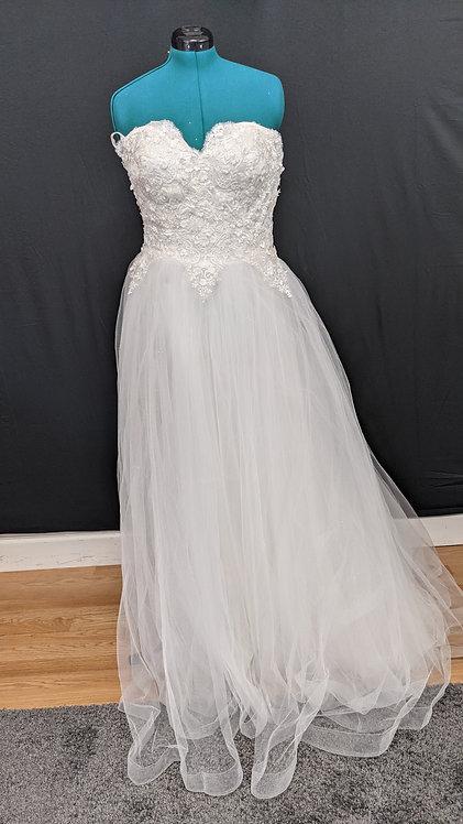 21549 A-Line Hand Beaded Plus Size Wedding Dress