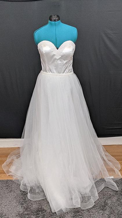 21552 A-Line Hand Beaded Plus Size Wedding Dress