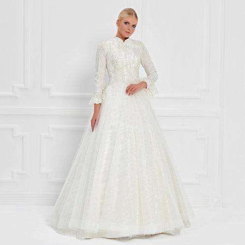 017556 Wedding Dress