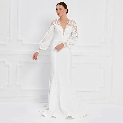 017579 Wedding Dress